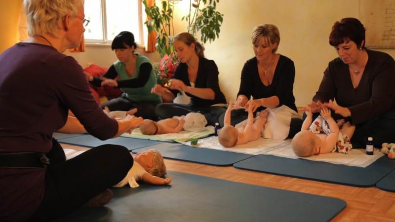 Babymassage Gruppe